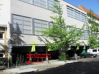 Unsere Sporthalle mit Zugang von der Schönstedtstr.