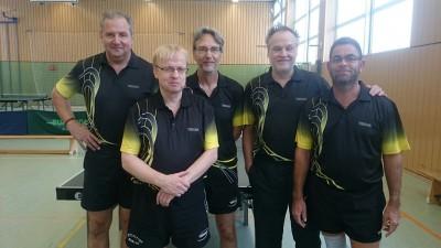 Unser aktuelles Team bei den Senioren 40 mit Frank G., Rainer, Stefan, Martin & Michael B. (v.l.n.r.)