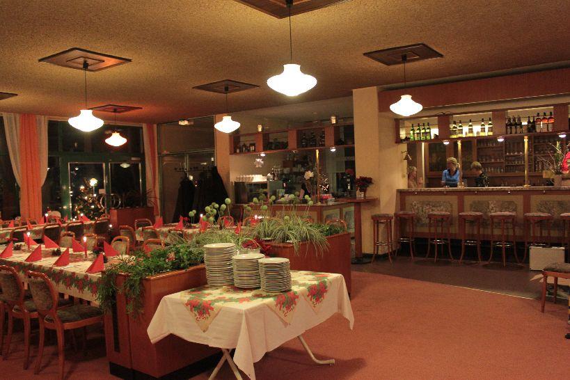 Weihnachtsfeier im Restaurant im Paracelsusbad
